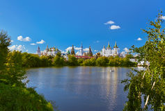 Izmailovo Κρεμλίνο και λίμνη - Μόσχα ρωσικά Στοκ εικόνα με δικαίωμα ελεύθερης χρήσης