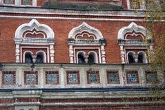 Izmailovo säteri i Moskva Brotorn som dekoreras av keramiska tegelplattor Arkivfoton
