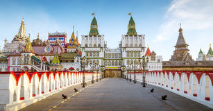Izmailovsky克里姆林宫全景在莫斯科,俄罗斯 免版税库存照片