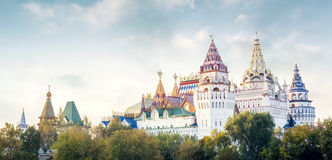 Izmailovsky克里姆林宫,莫斯科,俄罗斯全景  免版税图库摄影