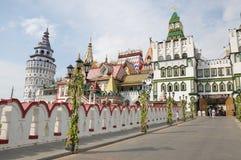 Izmailovsky het Kremlin Het Kremlin in Izmailovo is één van de kleurrijkste en interessante stadsoriëntatiepunten, Moskou, Ruslan stock foto