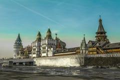 Izmaylovsky der Kreml zu Beginn des Frühlinges Lizenzfreie Stockfotos