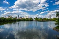 Izmaylovsky el Kremlin en Moscú fotos de archivo libres de regalías