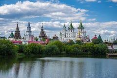 Izmaylovsky el Kremlin en Moscú imagen de archivo