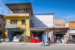 Izmir, mercados pequenos e povos de passeio ordinários Fotografia de Stock Royalty Free
