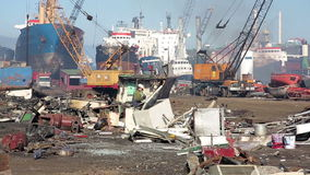 IZMIR, TURKEY - JANUARY 2013: Industrial scrapyard Royalty Free Stock Photos