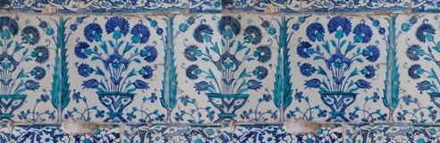 Iznik lapis  tiles with tulip Royalty Free Stock Photos