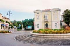 Izola Slovenien - September 10, 2015: stadssikt arkivfoton