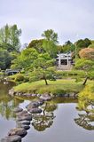 Izumi relikskrin i den Suizenji Jojuen trädgården på Kumamoto, Japan Royaltyfria Foton