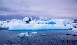 JökulsÃ-¡ rlà ³ n Gletscher-Lagune in Island Stockfotos