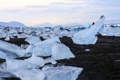 Jökursà ¡ rlà ³ n: het strand van icerber, ijs en koude Royalty-vrije Stock Fotografie