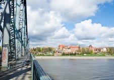 从JÃ ³ zef PiÅ 'sudski桥梁的托伦 免版税图库摄影