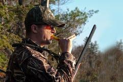 Jäger, der Enten nennt Lizenzfreie Stockbilder