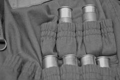 Jägerjacke mit Munitionskassetten Stockfotografie