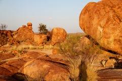 Jäkelmarmor (Karlu Karlu) nordligt territorium, Australien Arkivbilder