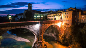 Jäkels bro av Cividale del Friuli arkivbilder