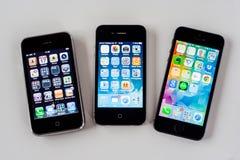 Jämförelse av iPhonen 3G-4-5S Royaltyfri Bild