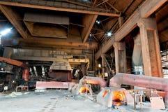 Järn- och stålfabrik inomhus Fotografering för Bildbyråer