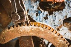 Järnmekanism för att mäta lokomotivet Arkivbild