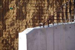 Järnstänger och betong Royaltyfri Foto