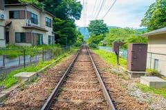 Järnväg av linjen för Hakone Tozan kabeldrev på den Gora stationen i Hakone, Japan Royaltyfria Bilder