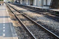 Järnväg drev på Thailand Arkivfoto