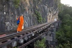 JÄRNVÄG FLOD KWAI FÖR THAILAND KANCHANABURI DÖD Arkivfoto