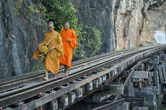 JÄRNVÄG FLOD KWAI FÖR THAILAND KANCHANABURI DÖD Royaltyfri Fotografi