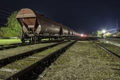 Järnväg i natt Royaltyfri Foto