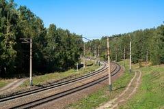 Järnväg med en vänd Arkivbild