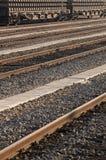 Järnväg med fraktvagn Royaltyfri Foto