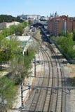 Järnväg och bussgarage arkivbilder