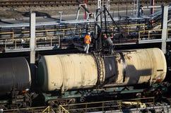 Järnväg olje- terminal arkivfoton