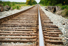 Järnväg på en solig dag Royaltyfria Foton