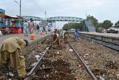 Järnväg spår under konstruktion. Arkivbilder