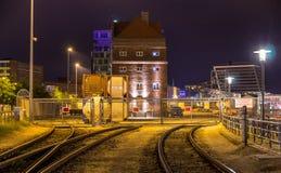 Järnväg till den Kiel hamnstaden - Tyskland Arkivfoto