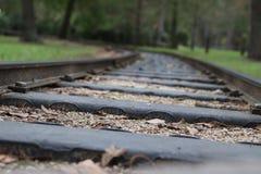 Järnväg till ingenstansslutet upp arkivbild