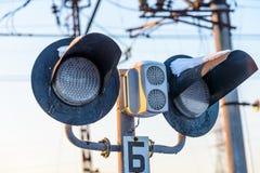 Järnväg trafik som förbjuder trafik på väglopp Fotografering för Bildbyråer