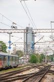 Järnvägar av Zagreb den huvudsakliga stationen - Kroatien. Byggnader i Arkivfoto