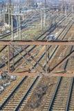 Järnvägar och drev Royaltyfri Foto