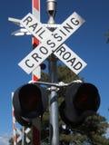 JärnvägCrossing fotografering för bildbyråer