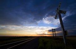 Järnvägkorsning i North Dakota arkivfoto
