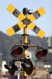 Järnvägkorsning signal Arkivfoton