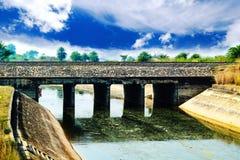 Järnvägsbro i en kanal royaltyfria foton