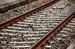 Järnvägsleepers och stenar Fotografering för Bildbyråer