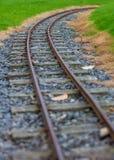 Järnvägspår för smalt mått i Agnew parkerar, Stranraer, Skottland, Förenade kungariket royaltyfri fotografi