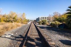 Järnvägspår i San Jose, södra San Francisco Bay område, Calif royaltyfria bilder