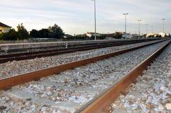 Järnvägspår, Leiria, Portugal Arkivfoto