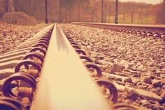 Järnvägspår på en drevstation Royaltyfri Bild