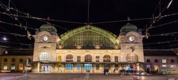Järnvägsstation för Basel SBB i Schweiz Arkivfoton